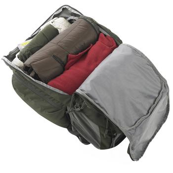 Spacious compartment in Kelty low-cost travelling backpack